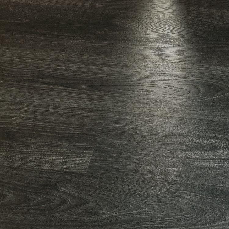 Tarkett №239 Черно дърво 8мм / 32 клас