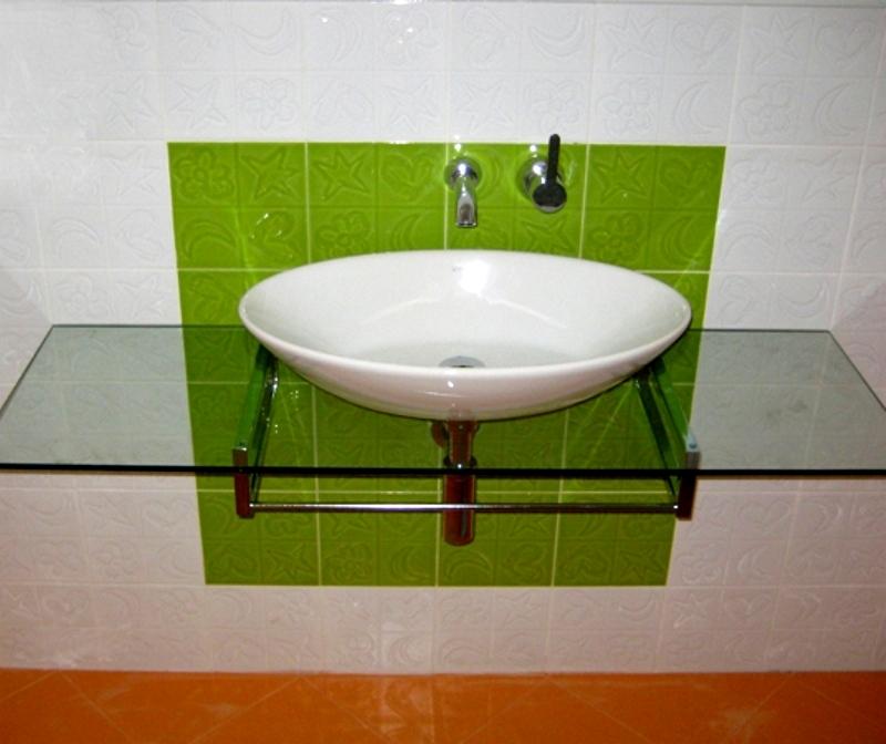 Стъклен плот за мивка от прозрачно стъкло
